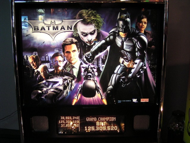 Batman Dark Knight (Stern) Pinball Machine